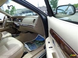 MERCURY GRAND MARQUIS 2006 price $3,000