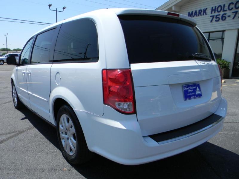 Dodge Grand Caravan 2015 price $12,900