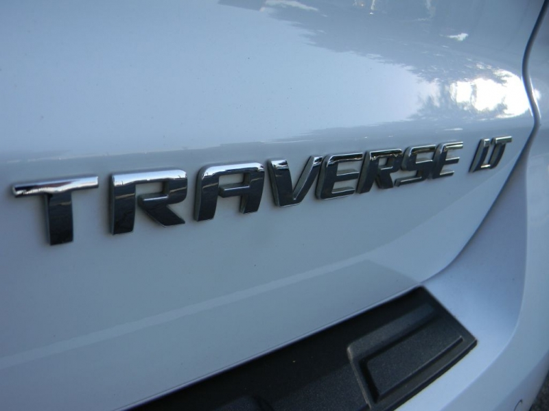 Chevrolet Traverse 2016 price $20,900