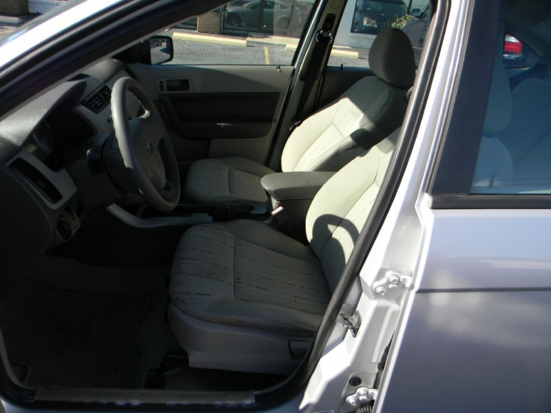 FORD FOCUS 2008 price $2,995