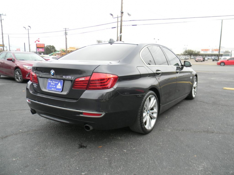 BMW 5-Series 2014 price $18,900
