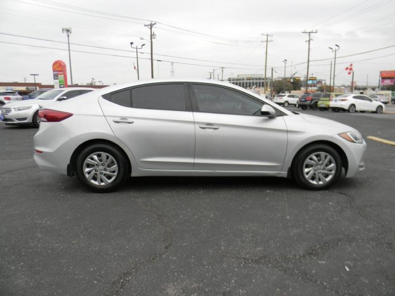 Hyundai Elantra 2018 price $12,900