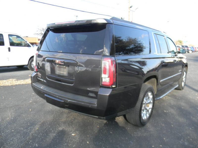 GMC Yukon XL 2016 price $29,900