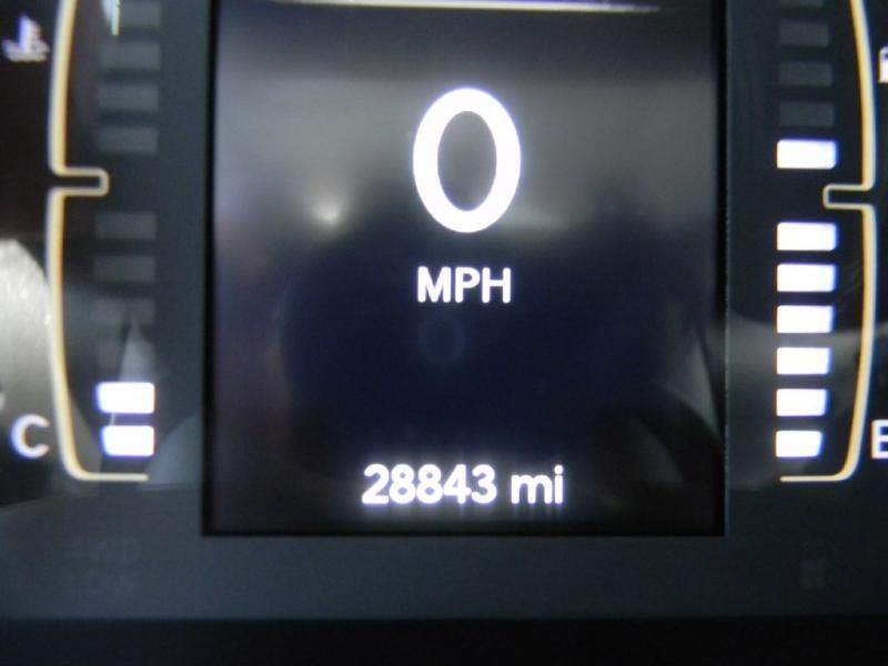 Jeep Cherokee 2019 price $22,900