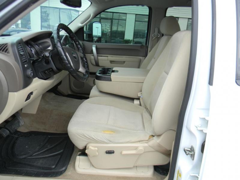GMC Sierra 2500HD 2012 price $17,900