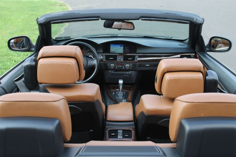 BMW 328i Convertible 2013 price $14,750