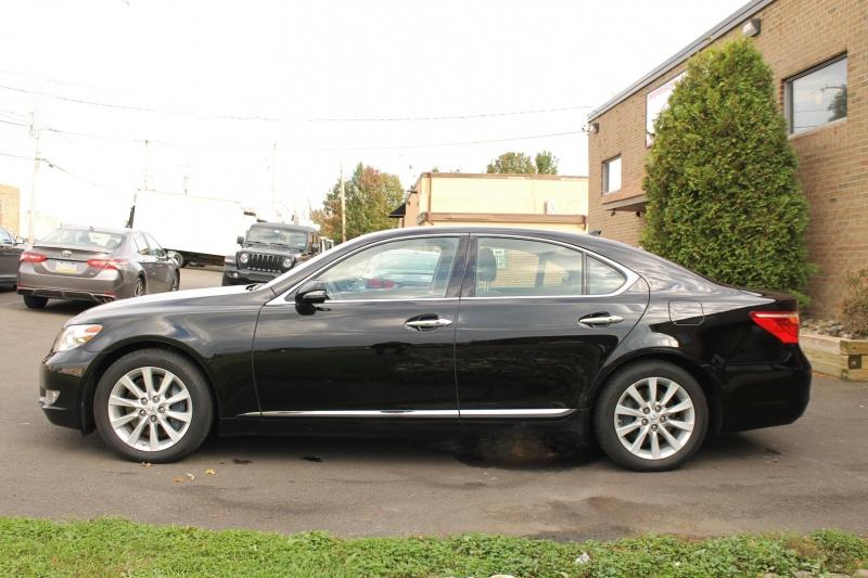 Lexus LS460 2011 price $18,495