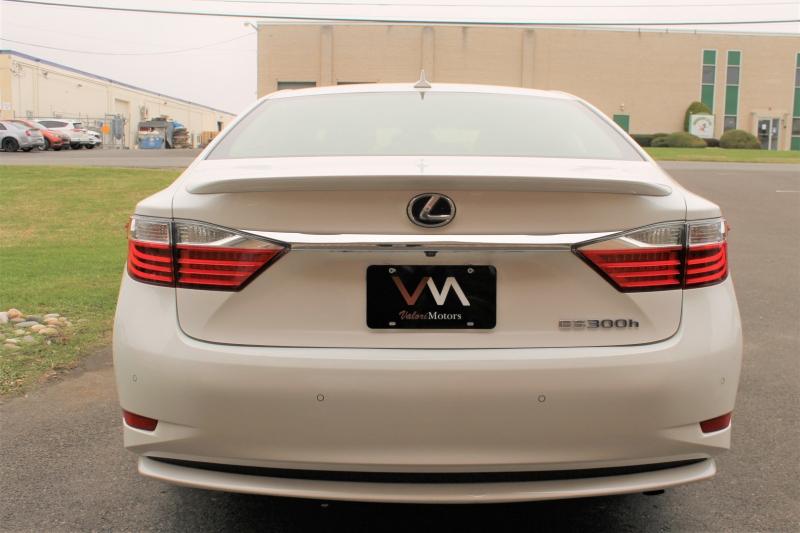 Lexus ES 300 2013 price $15,595