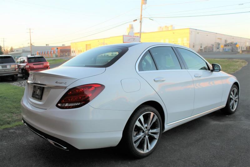 Mercedes-Benz C300 4MATIC Luxury Edition 2015 price $18,875