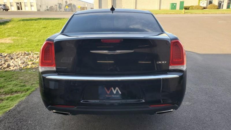 Chrysler 300 2015 price $17,995