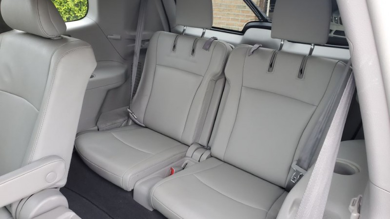 Toyota HIGHLANDER 2011 price $13,697