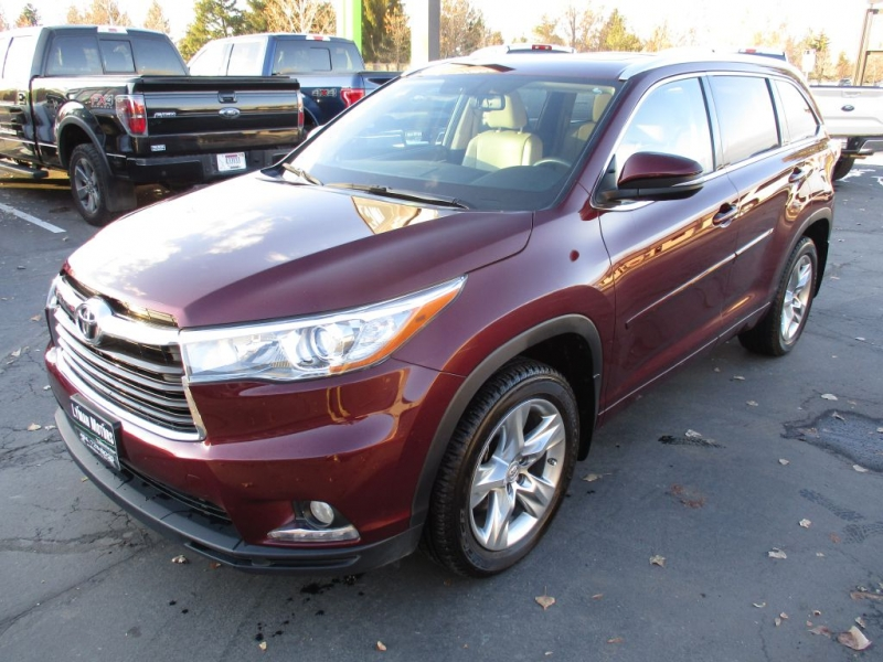TOYOTA HIGHLANDER 2015 price Call for price