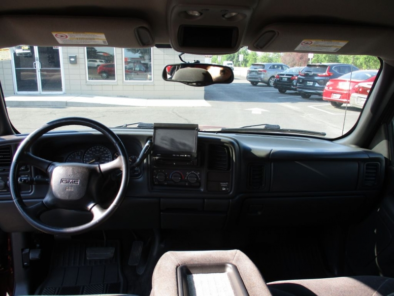 GMC NEW SIERRA 2002 price Call for price