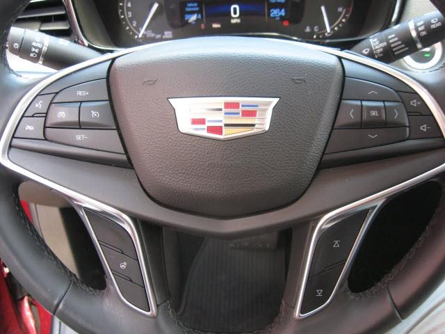 Cadillac XT5 2017 price $29,500