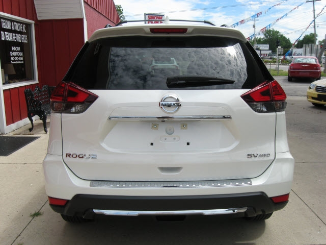 Nissan Rogue 2017 price $19,900
