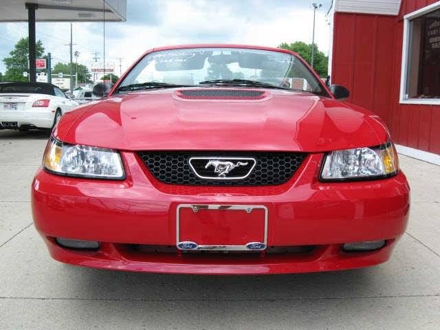Ford Mustang 1999 price $14,900