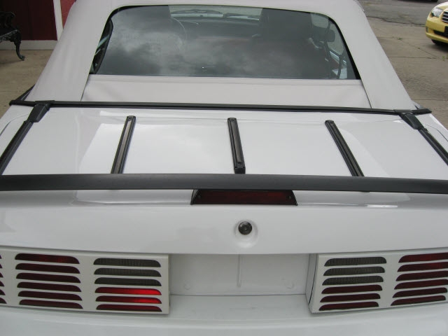 Ford Mustang 1987 price $16,000