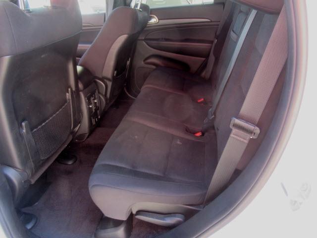 Jeep Grand Cherokee 2017 price $25,900