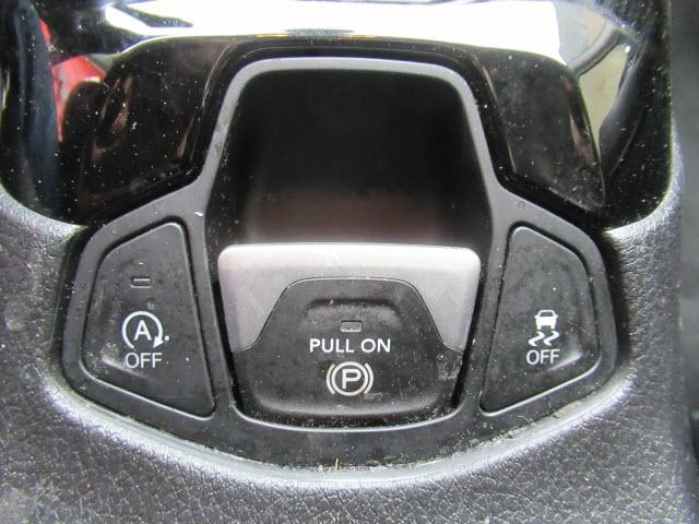 Jeep Compass 2018 price $21,900