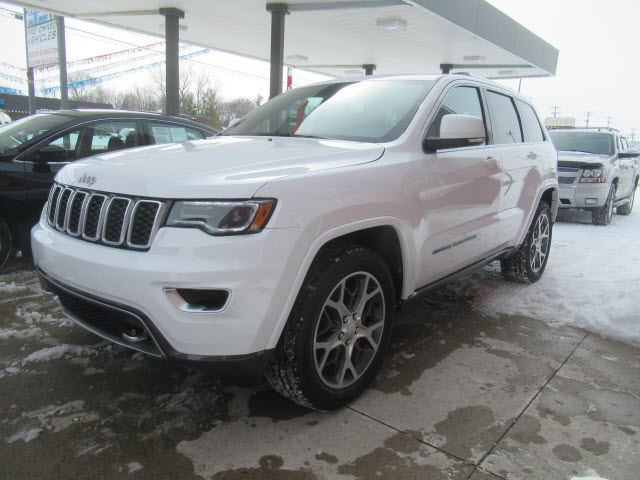 Jeep Grand Cherokee 2018 price $30,900