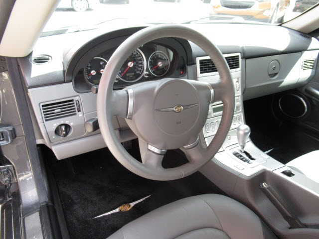 Chrysler Crossfire 2004 price $15,900
