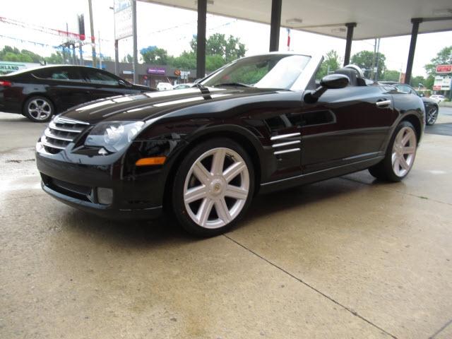 Chrysler Crossfire 2005 price $18,900