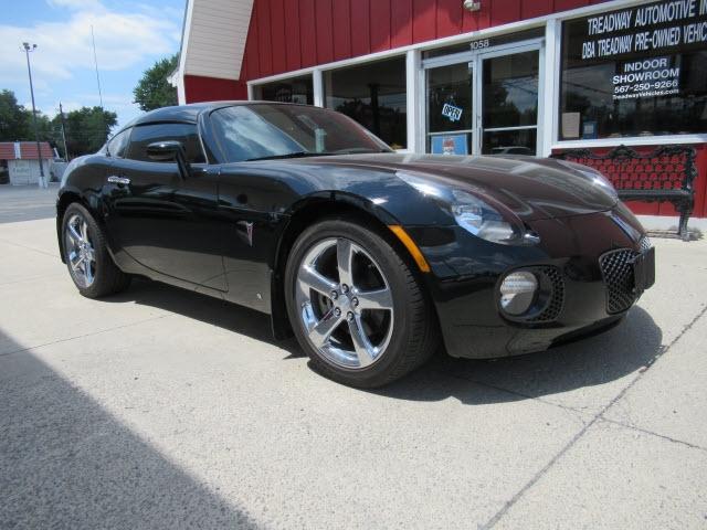 Pontiac Solstice 2009 price $24,900