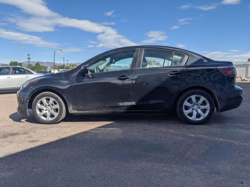 Mazda Mazda3 2012 price $5,950