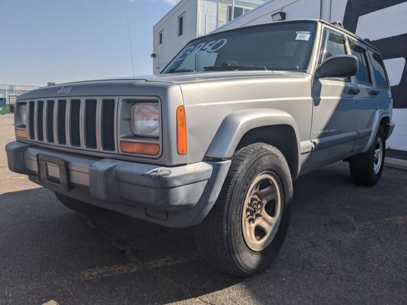 Jeep Cherokee 2000 price $3,950