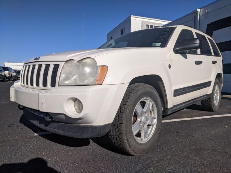 Jeep Grand Cherokee 2005 price $2,000