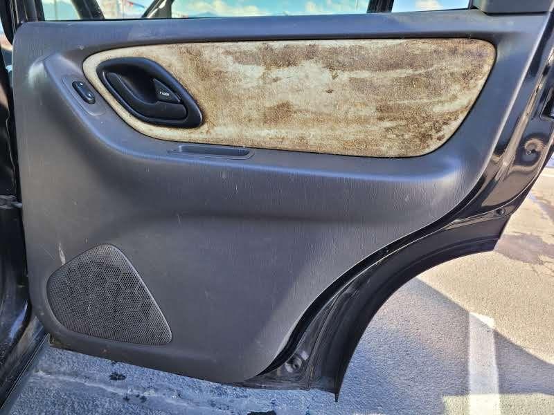 Ford Escape 2006 price $4,450