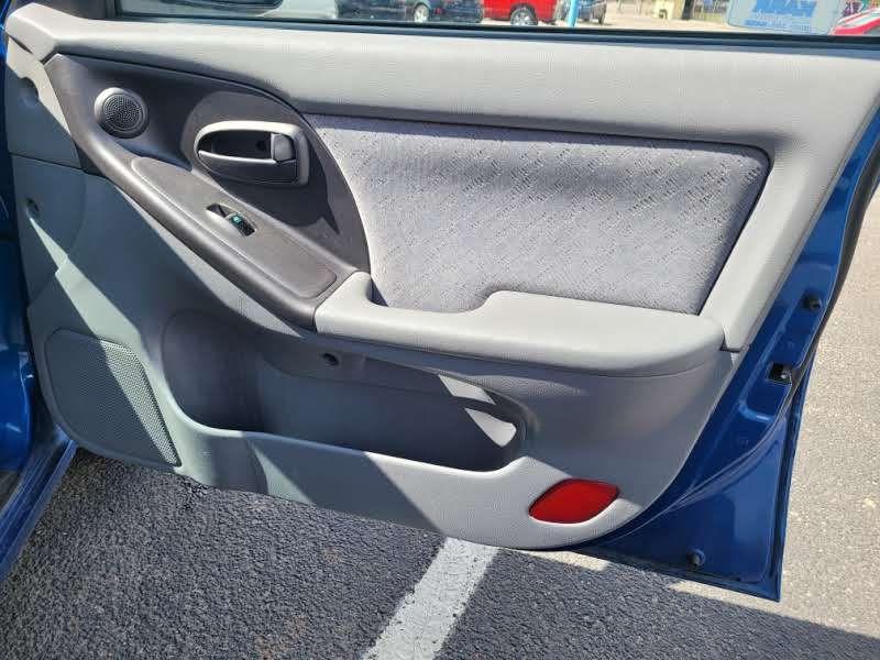 Hyundai Elantra 2005 price $4,450