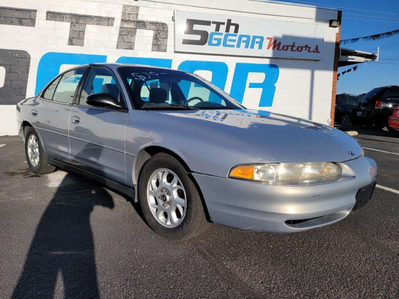 Oldsmobile Intrigue 2000 price $2,450