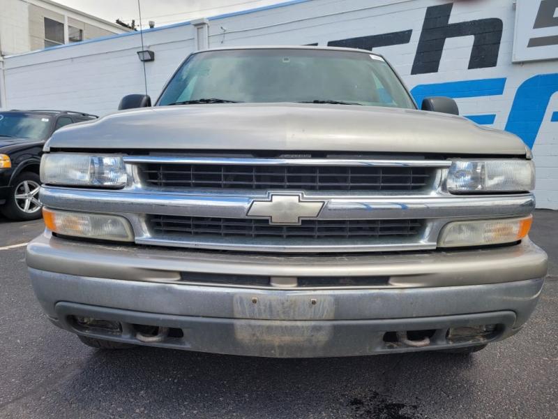 Chevrolet Suburban 2000 price $3,950