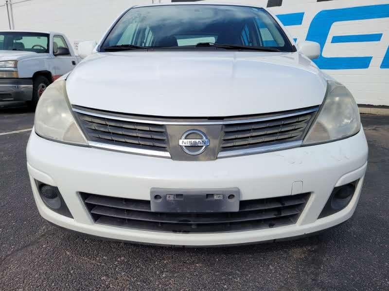 Nissan Versa 2009 price $3,950
