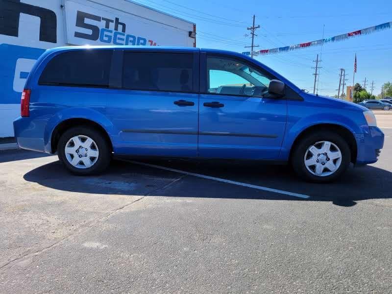 Dodge Grand Caravan 2008 price $4,950
