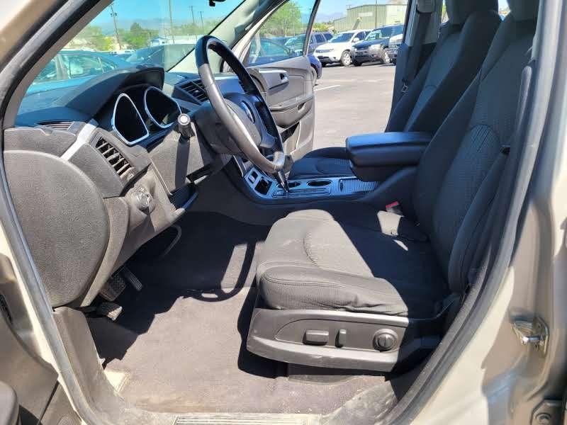 Chevrolet Traverse 2010 price $6,950