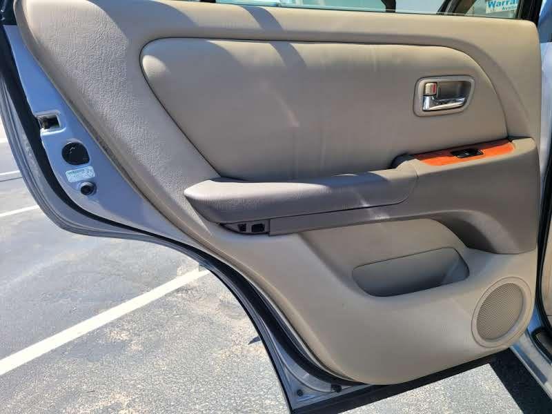 Lexus RX 300 2002 price $4,950