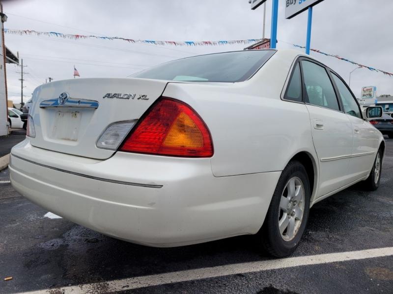 Toyota Avalon 2000 price $3,450