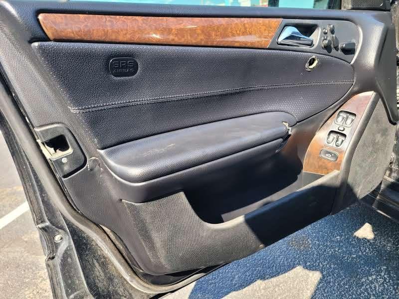 Mercedes-Benz C-Class 2007 price $5,950