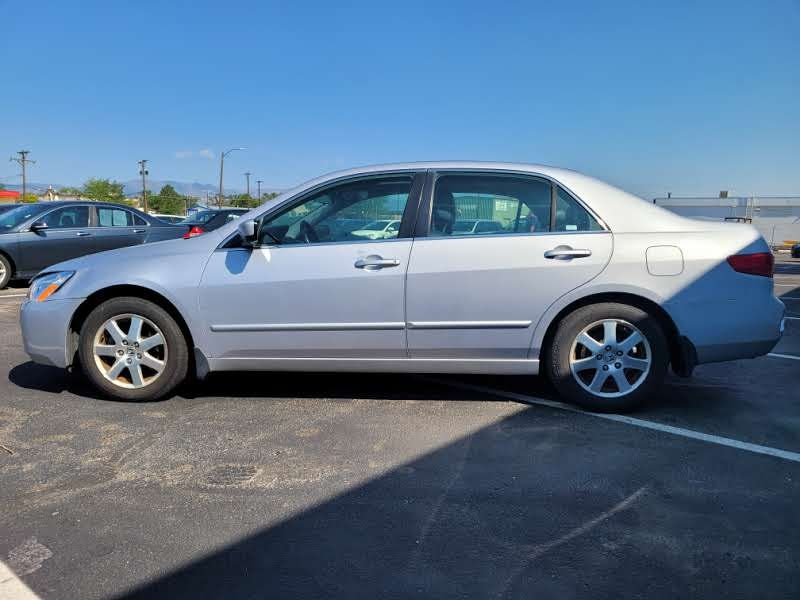 Honda Accord Sdn 2005 price $4,450