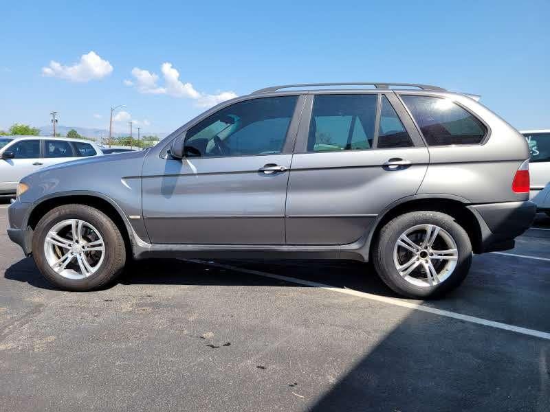 BMW X5 2004 price $3,950