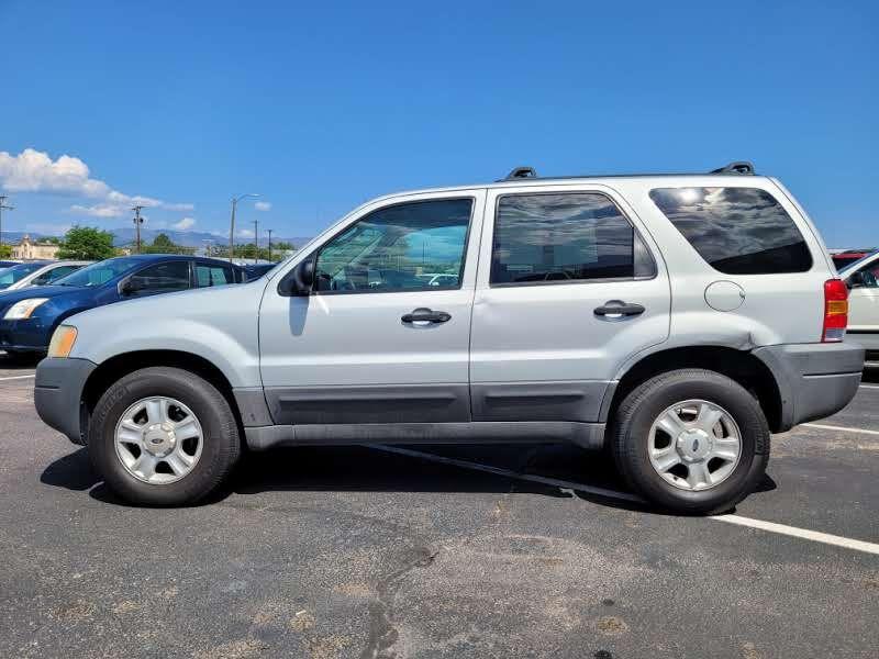 Ford Escape 2003 price $3,950