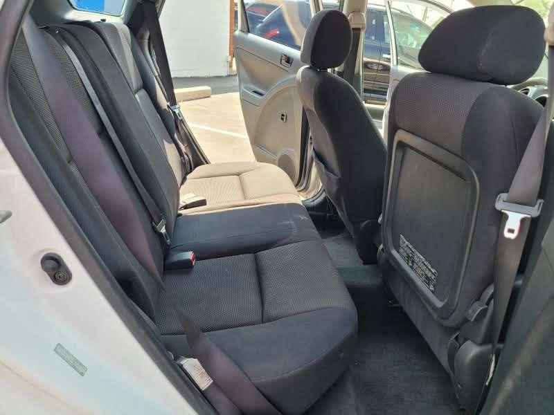 Pontiac Vibe 2004 price $3,950