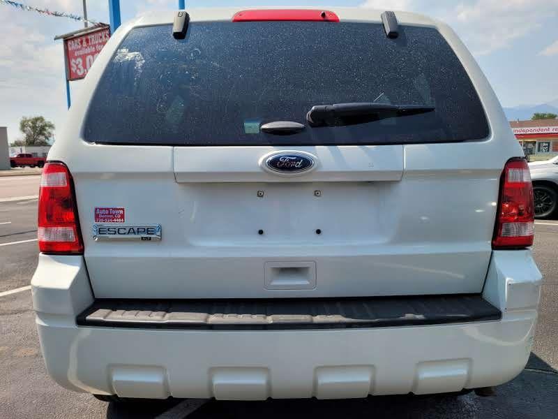 Ford Escape 2011 price $5,450