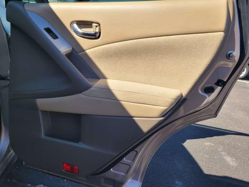 Nissan Murano 2009 price $5,450