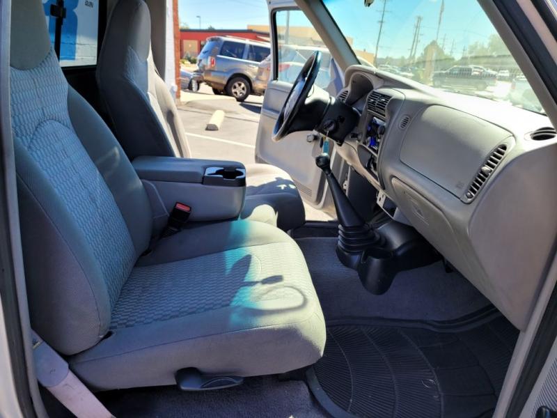 Mazda B-Series 2WD Truck 2002 price $4,450