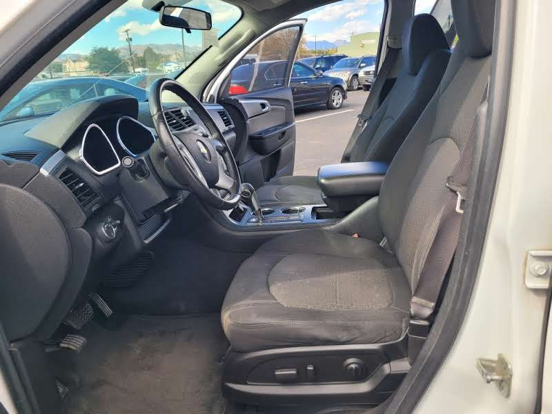 Chevrolet Traverse 2010 price $4,450