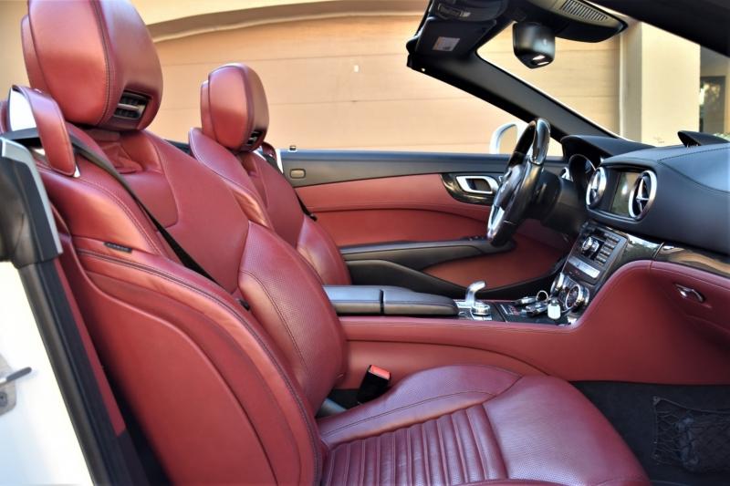 Mercedes-Benz SL-Class 2015 price $46,800