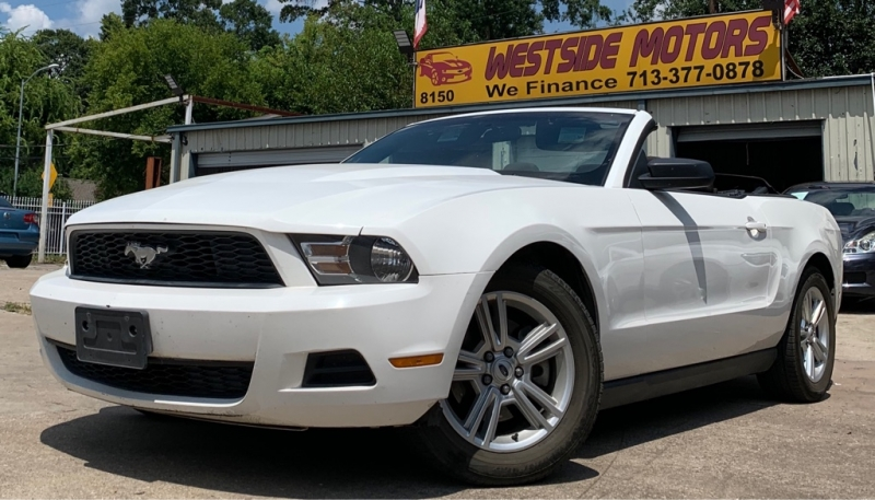 Ford Mustang 2012 price $8,250